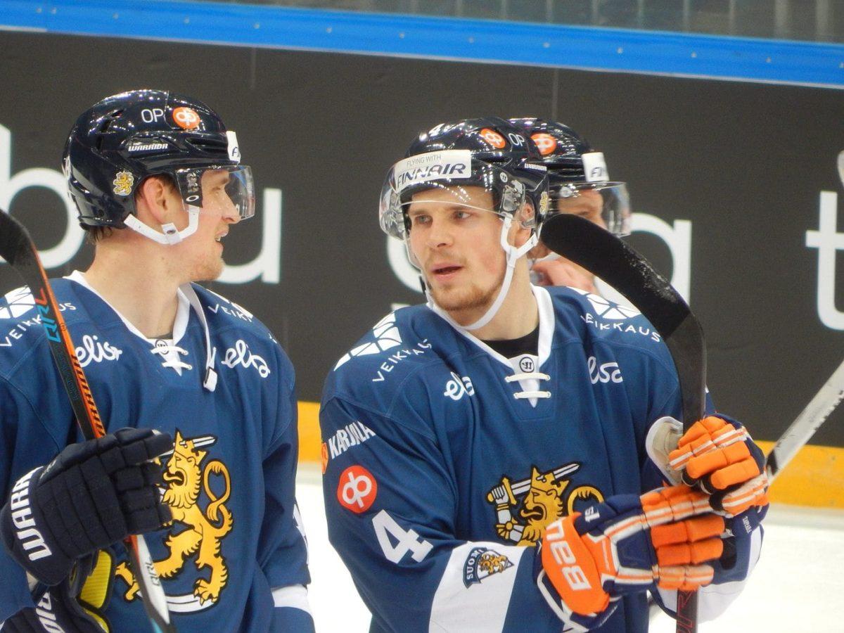 Maple Leafs News Rumors Lehtonen Murray Koivu More