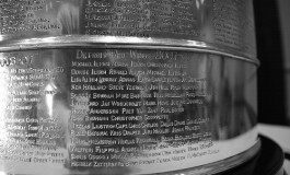 Who does history favour in the 2012 Stanley Cup Finals?