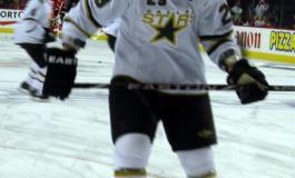 Stars clip Hawks, 5-4!