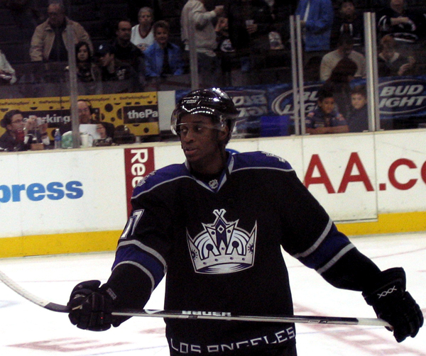Wayne Simmonds (Matthew McPherson/en.wikipedia)
