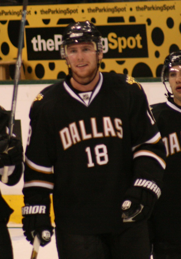 Neal will be the wing that Crosby has waited for.(Flickr/Les_Stockton)