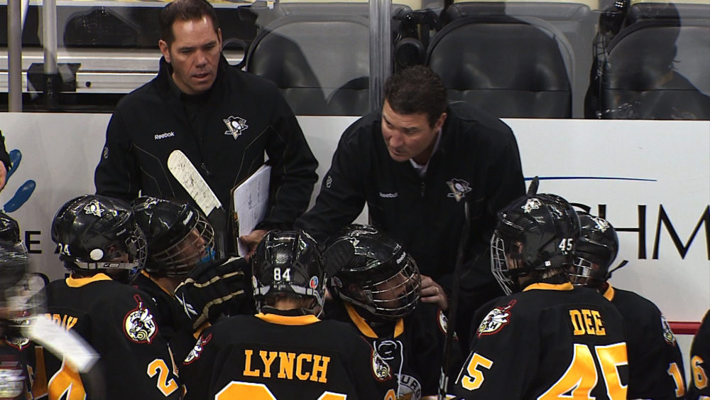 Mario Lemieux coaching his son's youth hockey team (Credit: www.PittsburghPenguins.com)