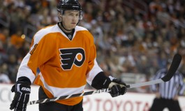 Return of James van Riemsdyk Not Enough as Flyers Lose Game 5