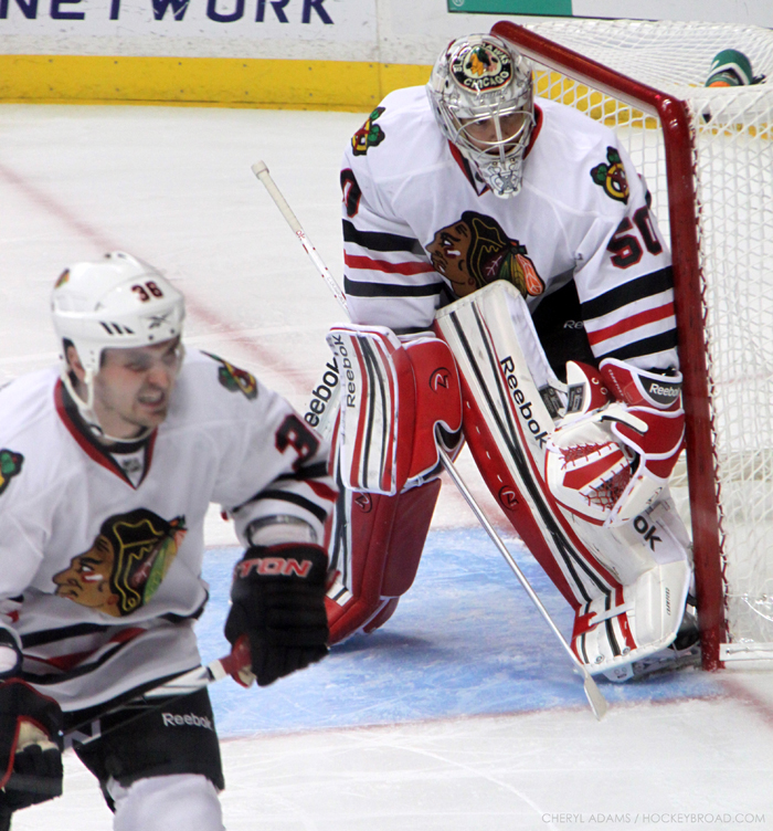 Dave Bolland (left) & Corey Crawford