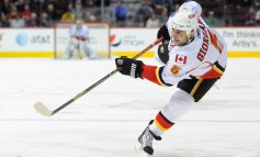 Calgary Flames Extend Mark Giordano