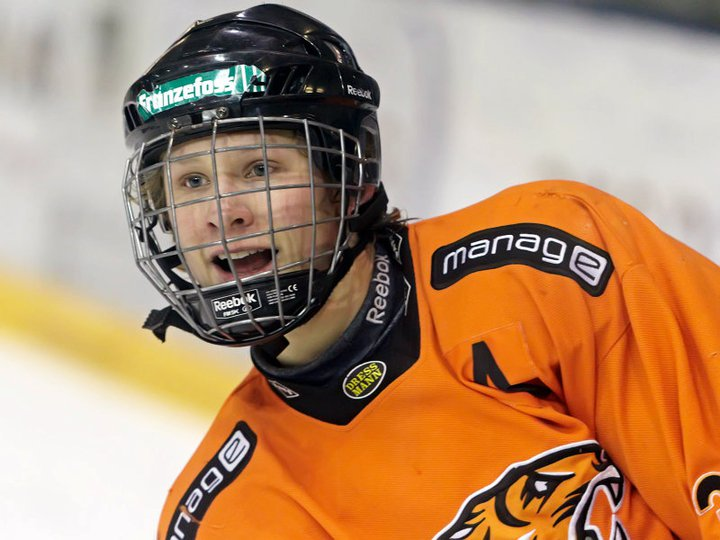 In 2010-11, the young Norwegian became one of the best scorers that the Frisk Asker junior teams had ever seen.  He scored 87 points in only 29 games with the U17s despite being a year younger than many of his teammates.  (Photo courtesy of Espen Hildrup)