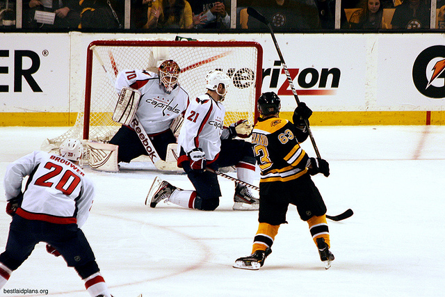 Holtby and Co. stop a Brad Marchand Bid (SlidingSideways/Flickr CC)