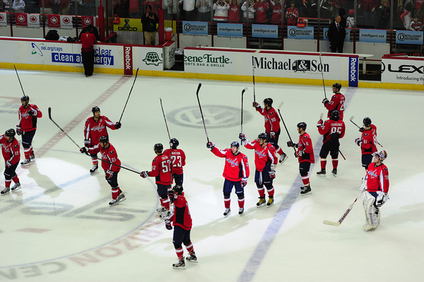 Caps celebrate another playoff berth (Tom Turk/THW)