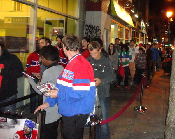 Fans lined up in Montreal to meet P.K. Subban. Photo: Rob Elbaz - The Hockey Writers