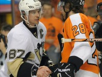 Is Sidney Crosby the Peyton Manning of hockey? (Eric Hartline-US PRESSWIRE)
