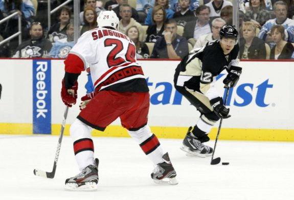 Iginla played mostly left wing in Pittsburgh (Charles LeClaire-USA TODAY Sports)