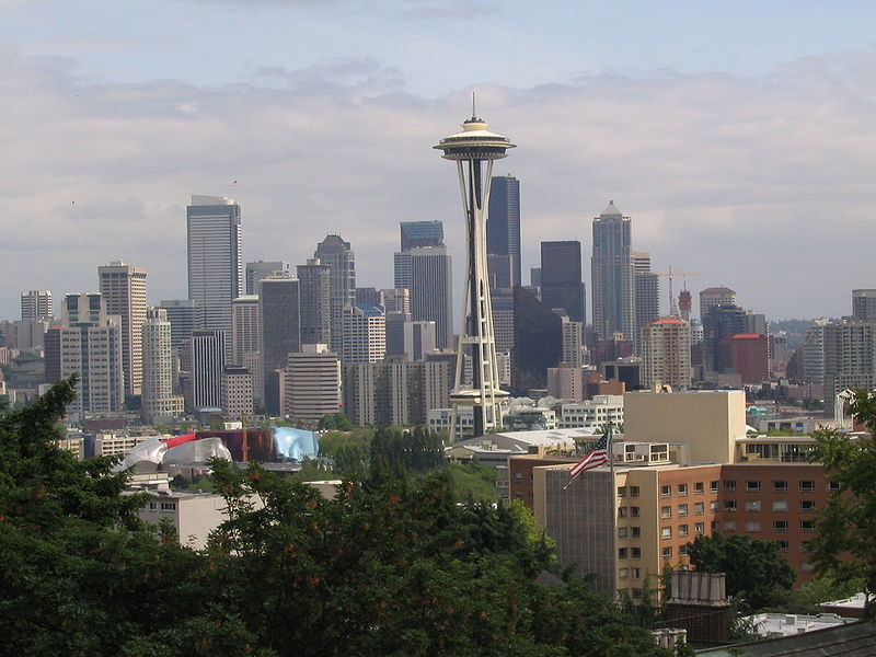 With mountains, lakes, forests and money, about the only thing Seattle doesn't have is the NHL and NBA - yet. Credit: Spmenic, at Wikimedia Commons.