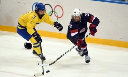 Amanda Kessel Ends College Career