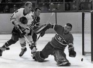50 Years Ago in Hockey: Hull Relents, Rejoins Hawks