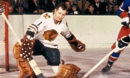 50 Years Ago in Hockey: Hawks Down Wings, Tie for First