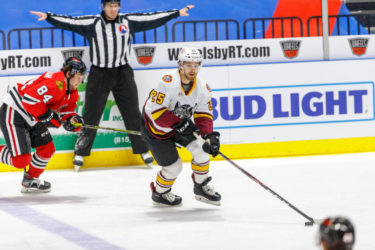 Tom Novak Chicago Wolves